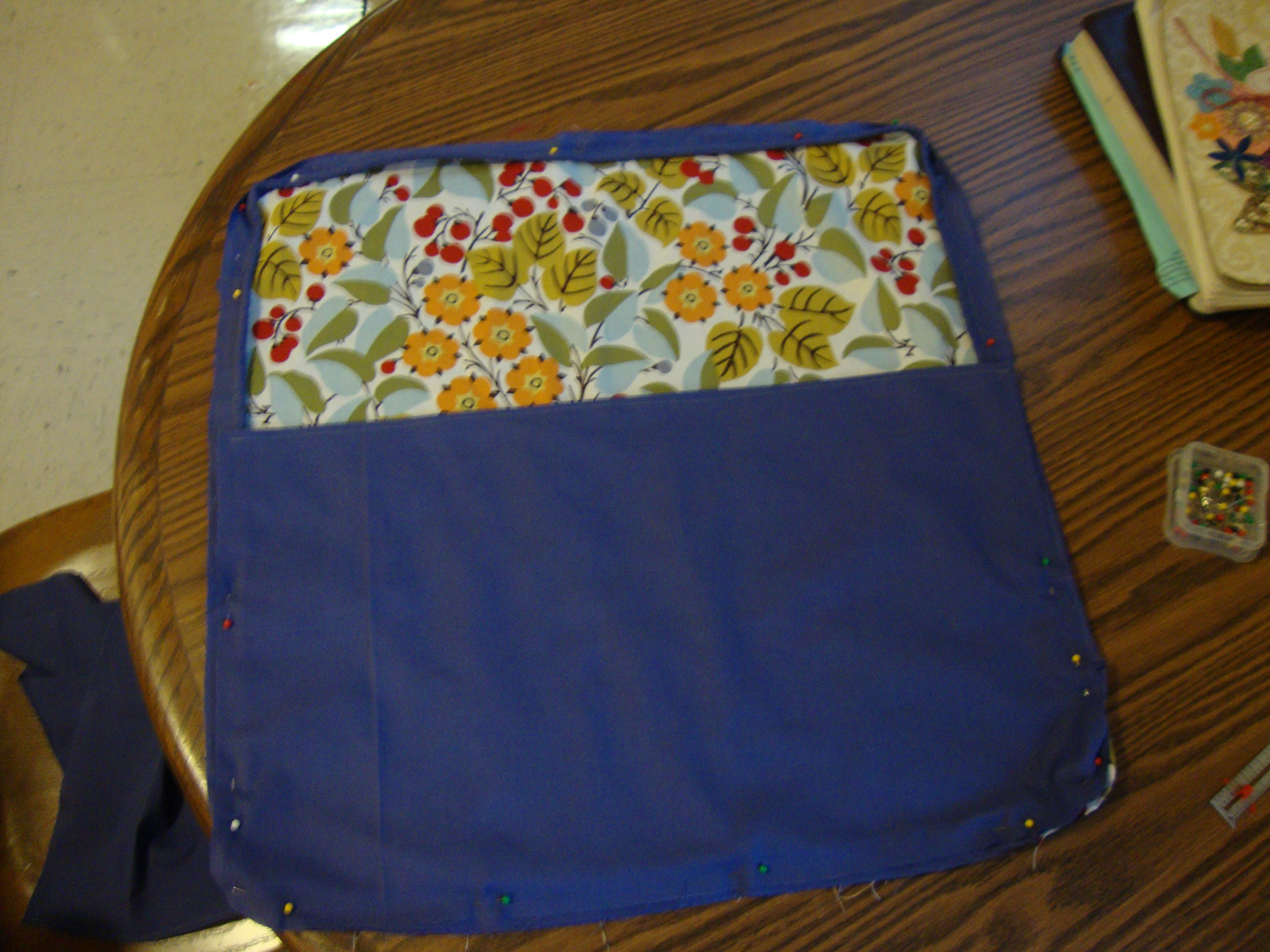 Diy Throw Pillow With Piping : DIY: Throw pillow with Piping For the Love of Felt